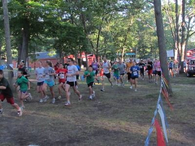 Image of group of people participating in 5k run